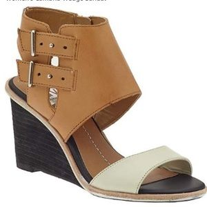Dolce Vita Cambria Wedge size 9